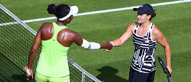 Ash Barty and Venus Williams handshake after their match during day five of the Nature Valley Classic.