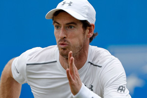 Andy Murray on the run at the 2016 Aegon Championships